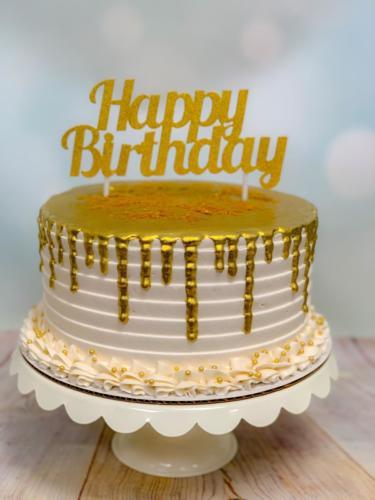 Custom cakes-02