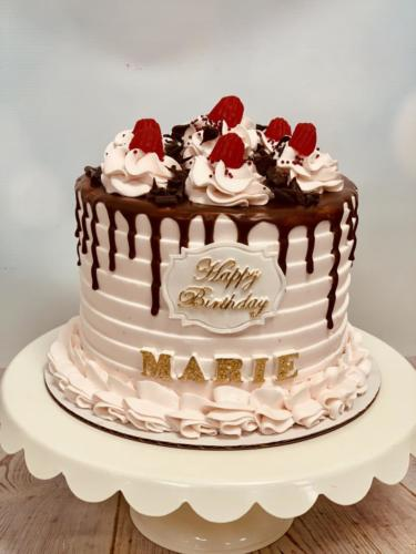 Custom cakes-11