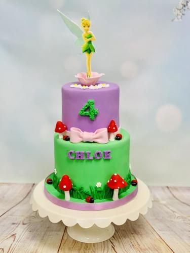 Custom cakes-28