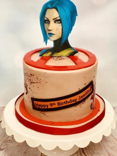 Custom cakes-29