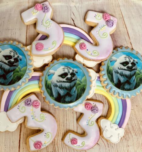 Custom cookies-08