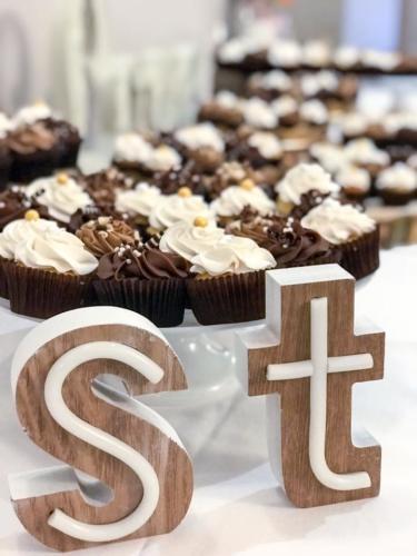 STWeddingCupcakes